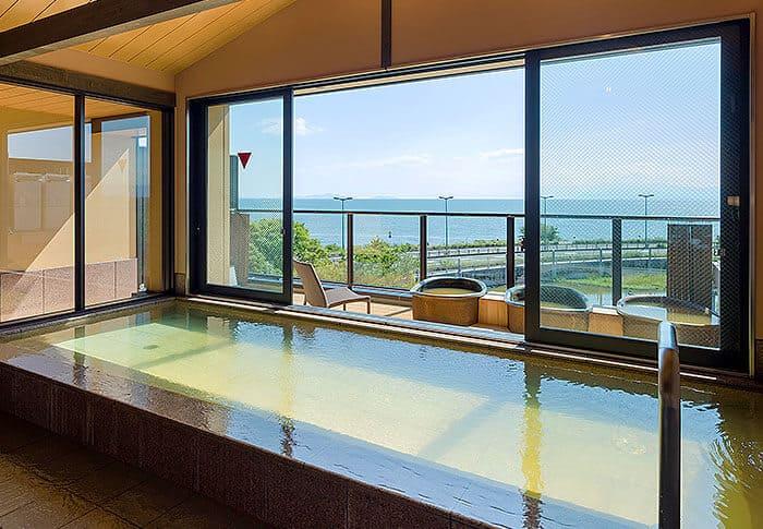 隣接旅館の大浴場「展望太閤温泉」