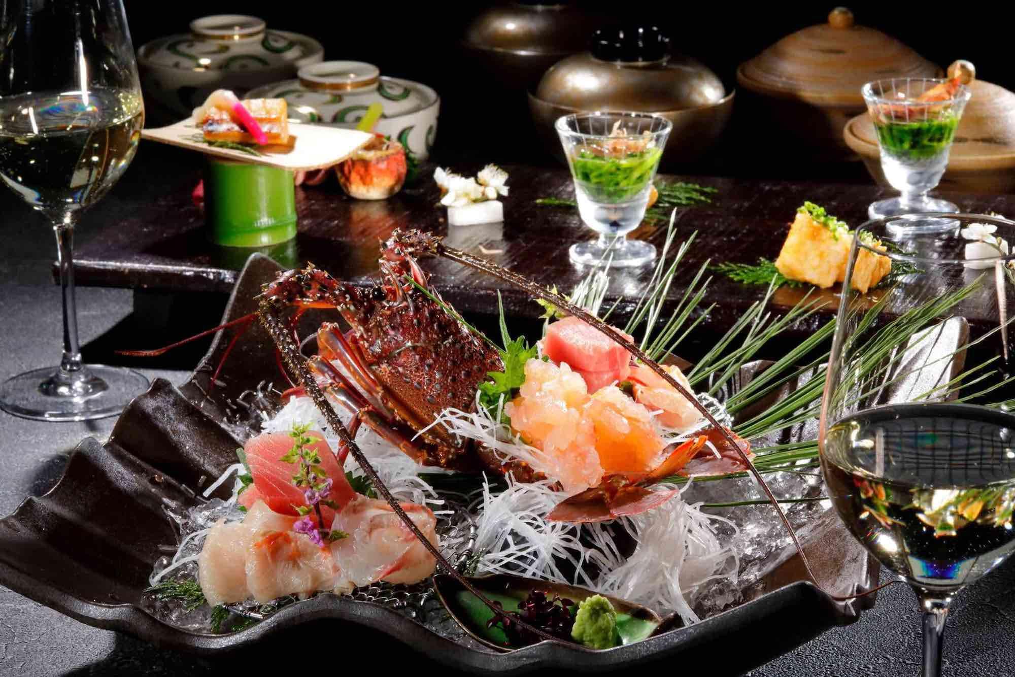 伊豆の新鮮な旬の幸を使用した伊豆懐石料理